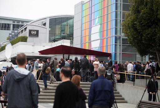 How Apple's 'Blacklist' Manipulates the Press