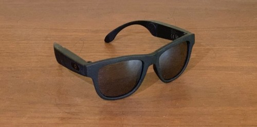 These bone-conduction smart glasses make headphones unnecessary [Review]