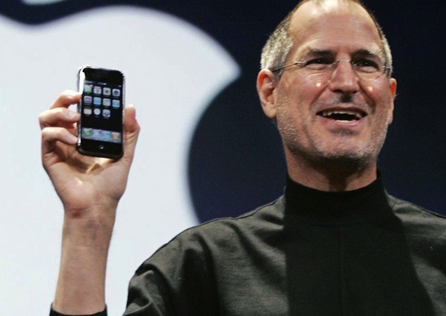 Should Apple ditch the iPod?