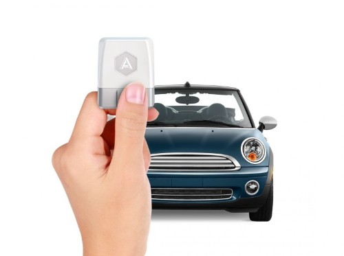 Automatic's new dongle takes your car from junker to Jetsons
