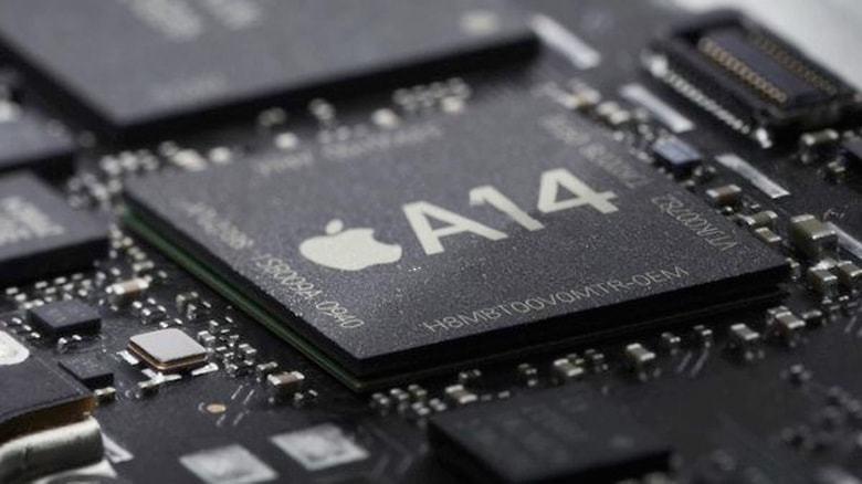 Senators raise concerns over iPhone-maker's $12 billion US chip factory