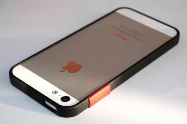 The ThinEdge: The iPhone 5 Finally Gets Its Bumper Back [Review]