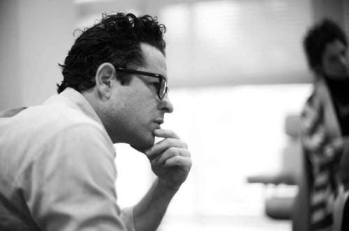 Apple vies for J.J. Abrams' Bad Robot shingle
