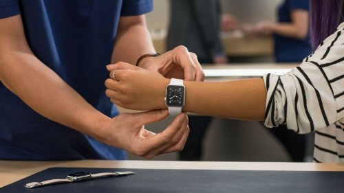 Apple Watch sizing guide finds your perfect fit from home
