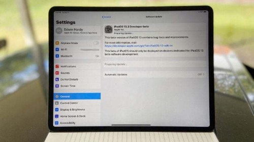 Here's hoping first iOS 13.3 beta fixes that huge memory bug