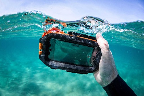 Underwater iPhone case goes deep for stellar pics | Cult of Mac