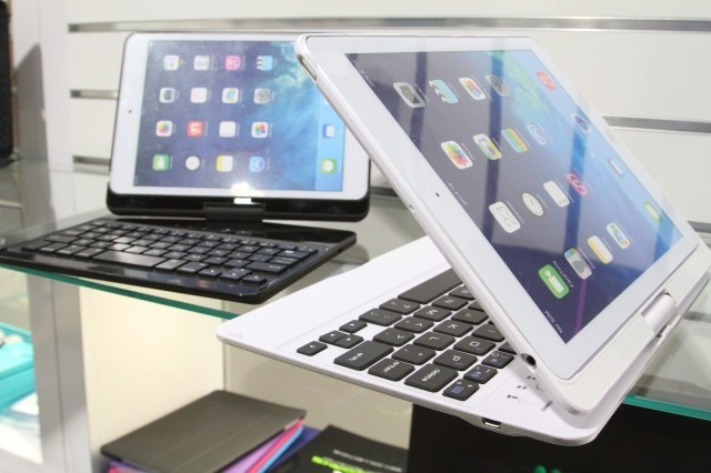 iHome's Keyboard Cases Let Your iPad Twist Like A Convertible Tablet [CES 2014]
