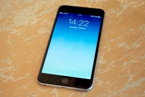 Counterterrorism expert says FBI isn't being honest about iPhone hacking