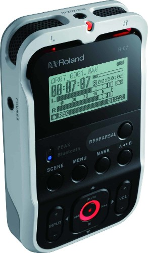 Roland's new audio recorder works with iPhone and Apple Watch