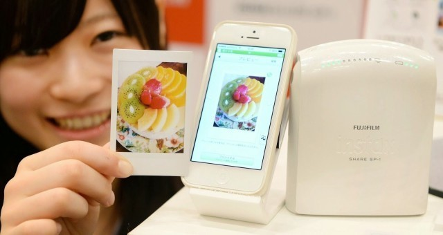 Fujifilm's Instax Printer: The Closest Thing To Polaroids For Your iPhone [MWC2014]