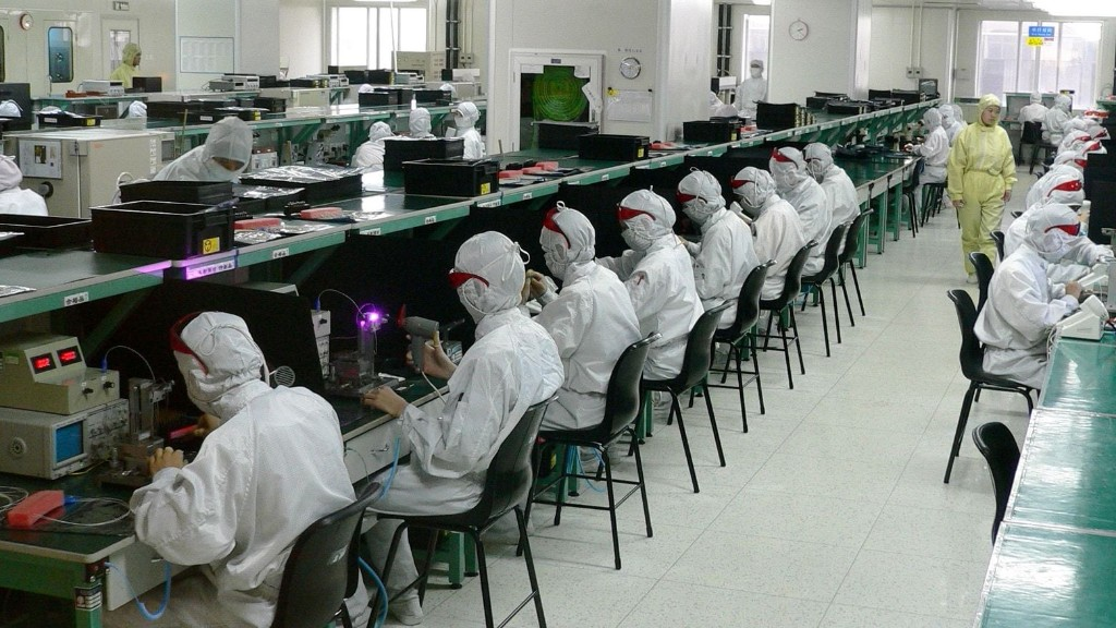 Coronavirus forces Foxconn to keep closed all iPhone assembly plants