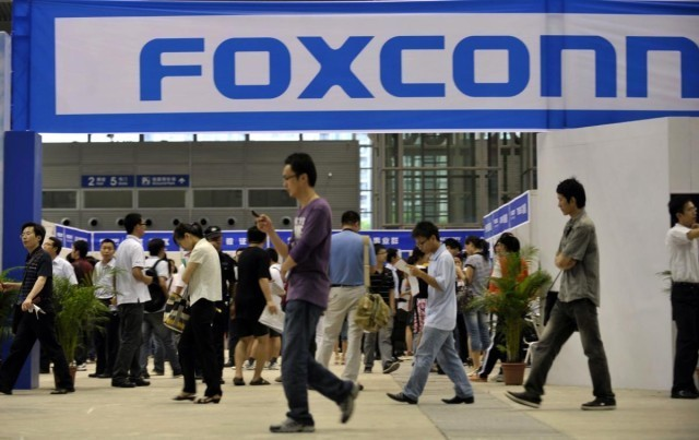 Foxconn promises its committed to Wisconsin factory