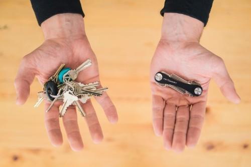 Key Smart brings Swiss Army order to keys in pocket
