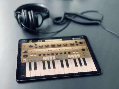 Pure Acid, the best drum and bass machine on the iPad (and iPhone!)