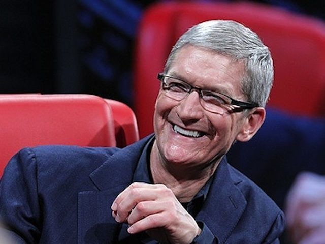 Tim Cook: Maybe We Will Make A Bigger iPhone, But Not Yet