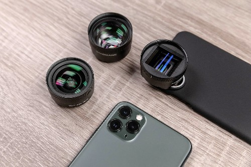 Sandmarc's top-notch lenses now fit the iPhone 11 line