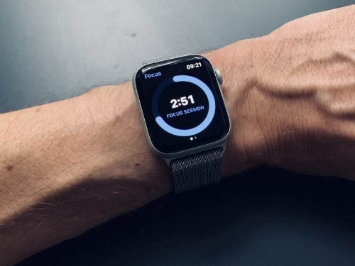 How to master the Apple Watch Dock