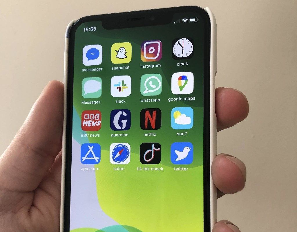 iPhone Home screen modders go crazy with iOS 14 | Cult of Mac