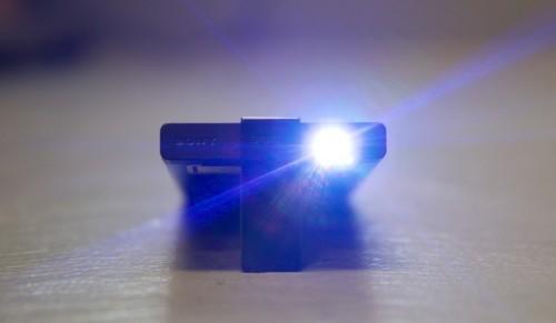 Sony's pico projector makes a big, bright picture