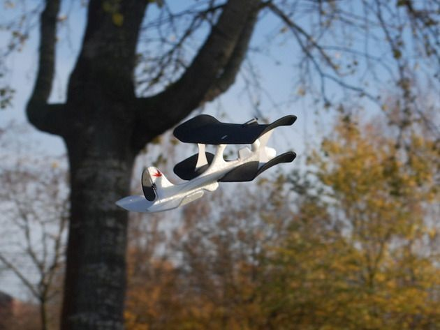The SmartPlane: The world's first smartphone-controlled aircraft [Deals]