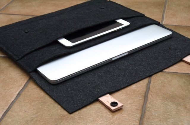 This Wool Felt Sleeve Case Is The Comfiest Home You Could Give Your MacBook [Review]