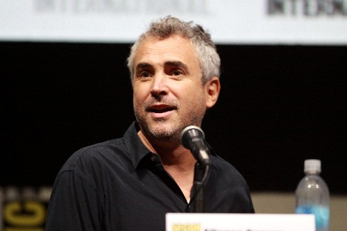 Alfonso Cuarón inks multi-year deal with Apple TV+
