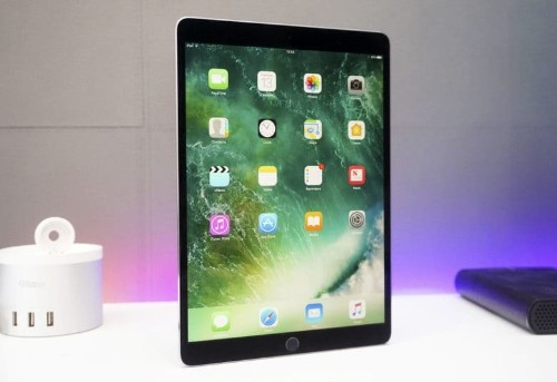 iPad Pro unboxing video: Our hands-on with Apple's 10.5-inch beast