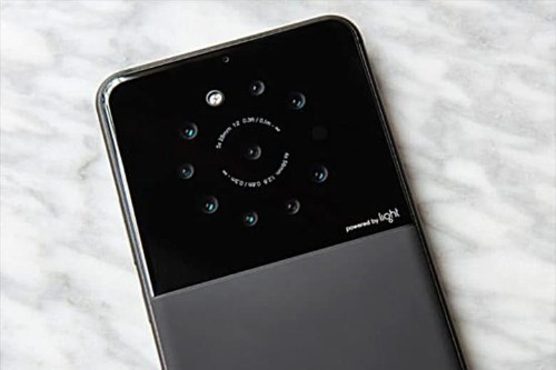 Smartphones covered in camera lenses will change everything