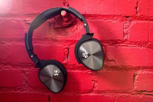 Ear-hugging headphones deliver good jams for your dollar
