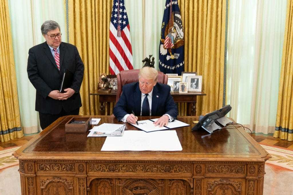 Trump executive order targets social media's 'selective censorship'
