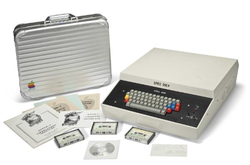 Very first Apple computer hits auction block at mind-blowing price