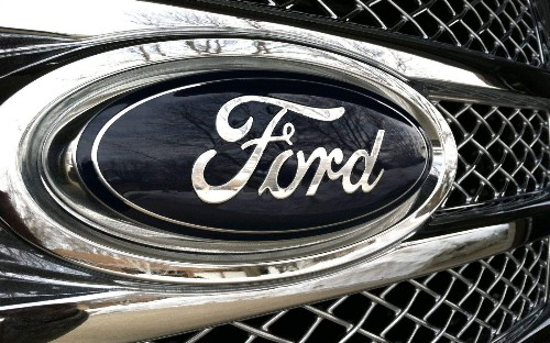 Ford plans to ditch Blackberry for thousands of iPhones by end of 2014