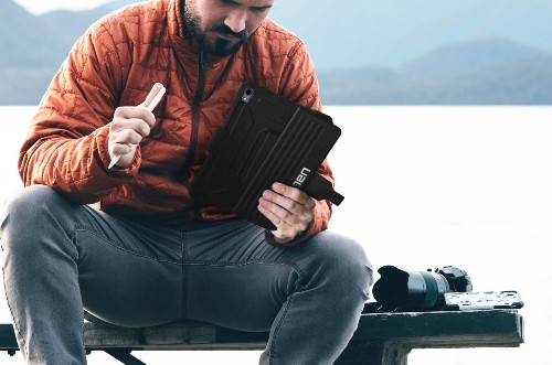 Create an on-the-go office with this rugged iPad Pro case