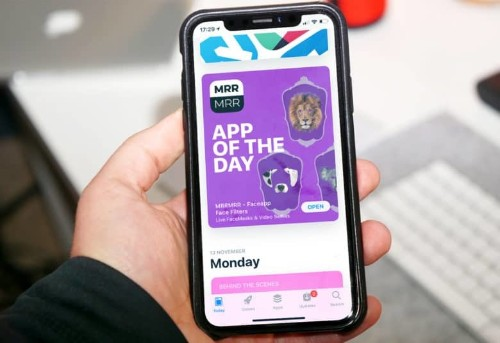 14 iPhone apps found communicating with malware server