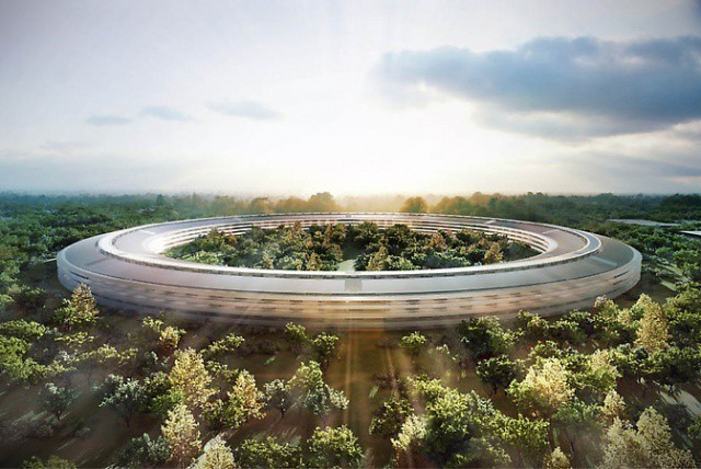 Drone flyover video offers breathtaking night shots of giant Apple Park campus