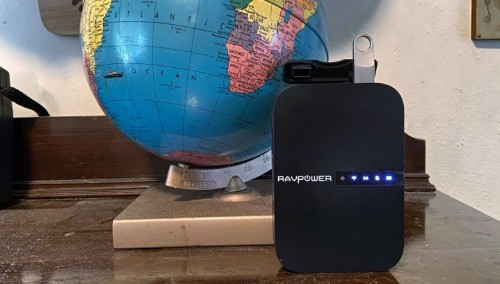 RAVpower travel router also connects iPhones to hard drives and SD cards [Review]