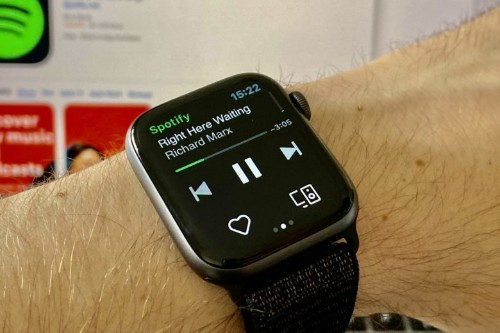Spotify now plays nicely with Siri on Apple Watch