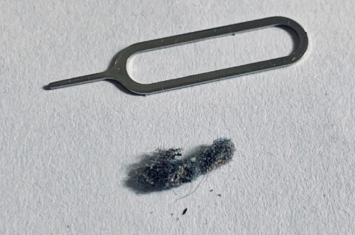 How to clean your dirty, lint-stuffed iPhone