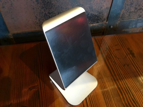 Clever aluminum iPad stand upgrades your Apple lifestyle