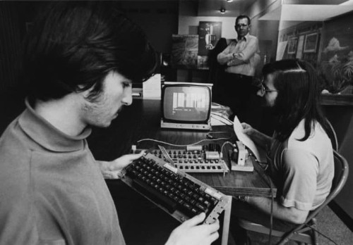 Today in Apple history: Homebrew Computer Club meets for first time