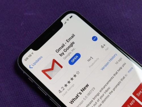 Gmail for iOS can now prevent remote image tracking