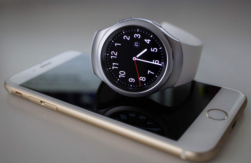 You can finally use your Samsung Gear watches with iPhone