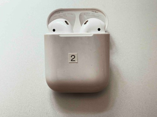 The best AirPods 2 tips and tricks