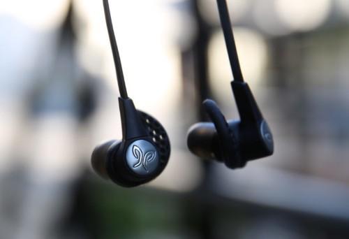 Jaybird X3 Bluetooth headphones give AirPods a run for their money