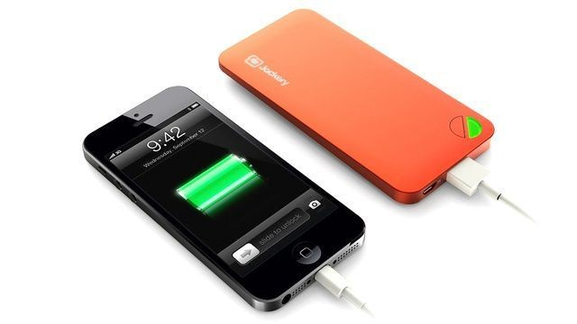 Jackery Air, The Lightweight, High-Power Battery Pack For Your iPhone