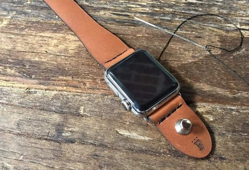 Last chance: Save 25% on these luxury leather bands for Apple Watch