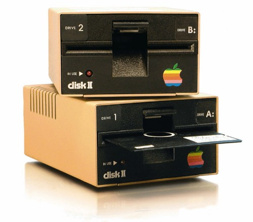 Today in Apple history: Woz spends Christmas building Apple II disk drive
