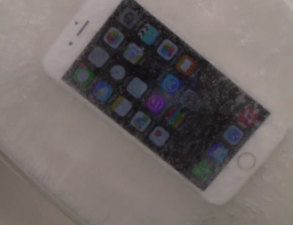 Watch what happens when iPhone 6 meets a bath of hot ice