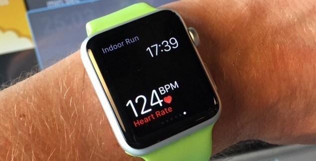 Apple Watch alerts 30-year-old dad about dangerous heart condition