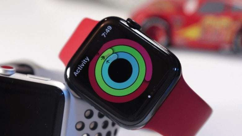 Amazon slashes a whopping $100 off Apple Watch Series 5